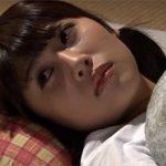 【明日朝早いのに】ムラムラして寝られないのでとりあえずオナニーする人妻・・・