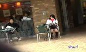 【シコシコダッシュ】お洒落なオープンカフェでティータイムを楽しむ意識高い系女子にいきなりザーメンぶっかけ逃走w