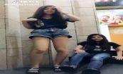 【陽キャ】「TikTokやってる女はみんなヤリマン!(偏見)」パンチラしてる子達のまとめ動画