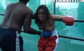 【暴力タマラン】マッチョ黒人にブン殴られる女の子達の悶える姿に興奮してみよう!