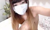 【ライブチャット】スレンダー貧乳美少女が惜しげもなくまな板ちっぱいを公開!
