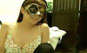 【ライブチャット動画】「これは流行らない」仮面をつけた女の子のエロ配信