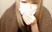 【ライブチャットエロ動画】若干メンタル病んでそうな雰囲気の金髪ギャルによるエロ配信