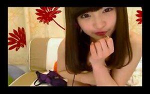 【ライブチャットエロ動画】和風な感じの女の子がエロ配信